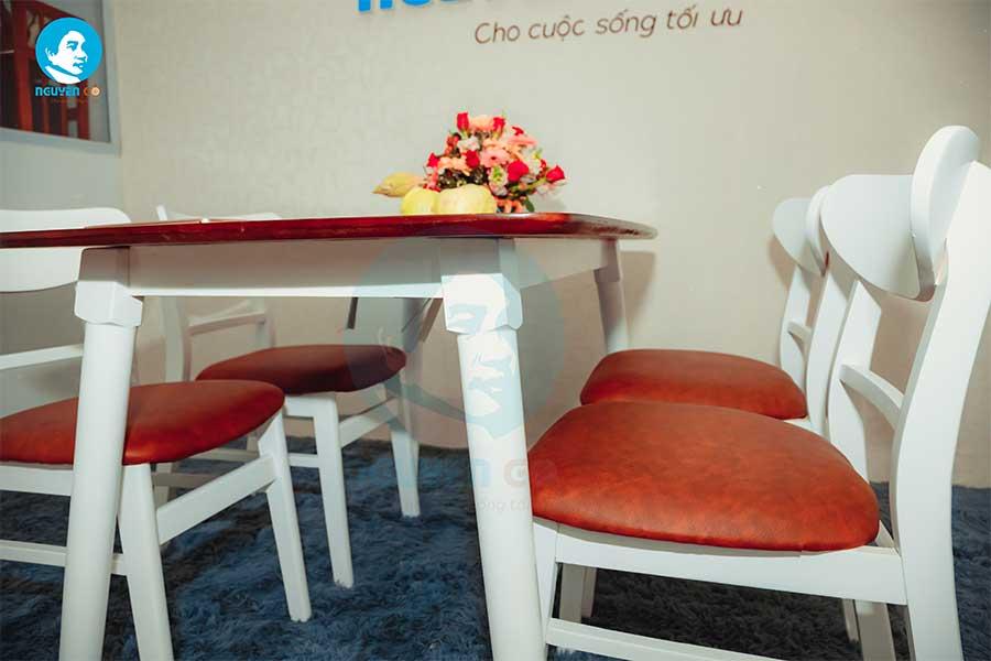 Bộ bàn ăn gia đình 4 ghế giá rẻ Mango - Nâu chân trắng-3