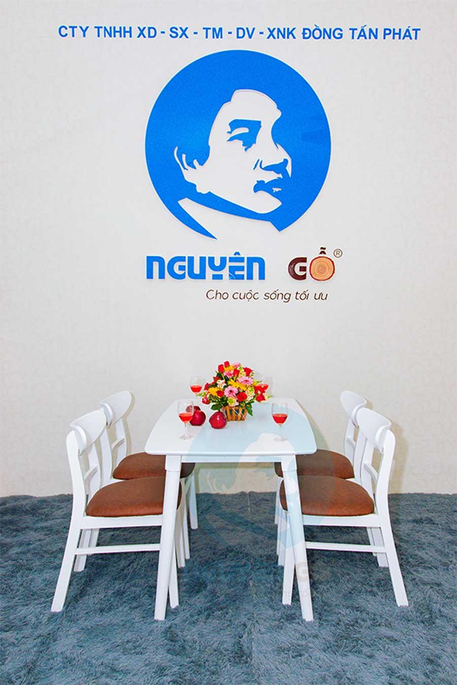 Bộ bàn ăn gia đình 4 ghế giá rẻ Mango - Trắng