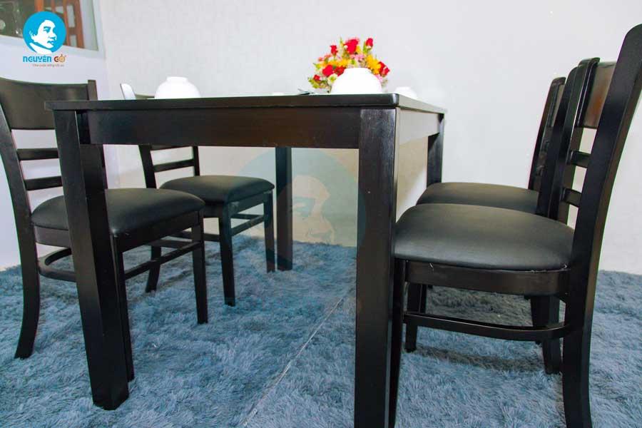Bộ bàn ăn gia đình giá rẻ Cabin - Màu Đen 3