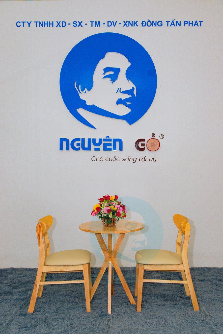 Bàn cafe tròn 2 ghế chân chụm - Màu tự nhiên 1