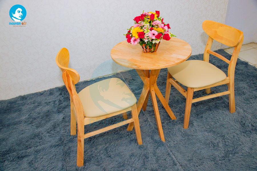 Bàn cafe tròn 2 ghế chân chụm - Màu tự nhiên 3