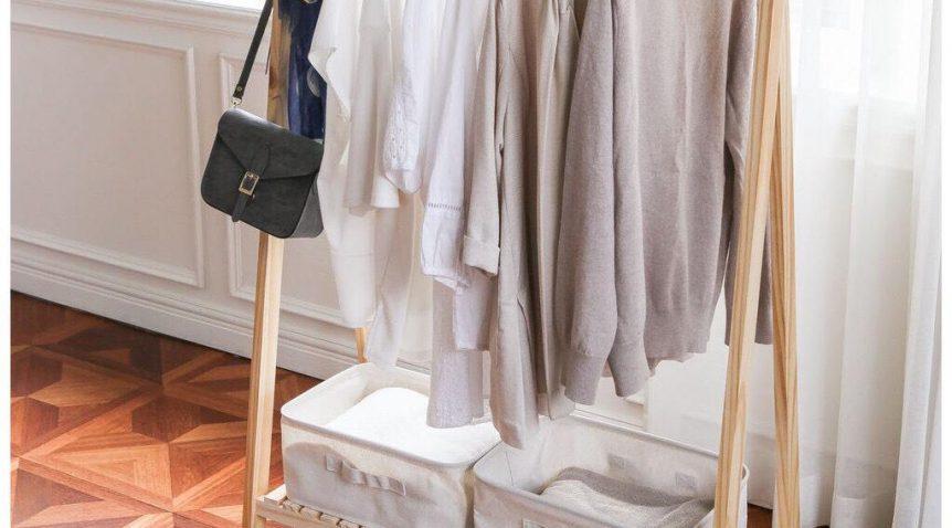Cách treo quần áo đẹp, gọn gàng mà không cần đến tủ quần áo